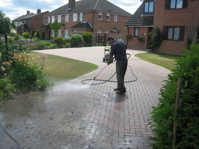 Block Paving & Driveway Cleaning Otley